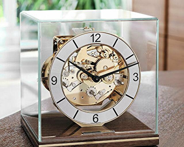 置時計ヘルムレ